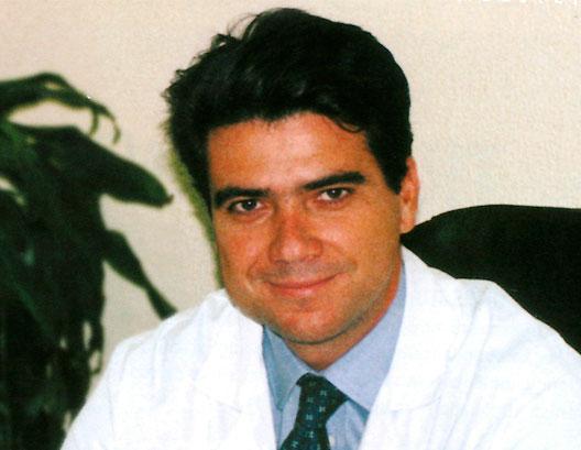 Dr. David Medina